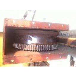 Sửa chữa thay thế bánh xe di chuyển cầu trục bị mòn và hỏng vòng bi