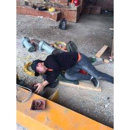 Sửa chữa thay thế động cơ di chuyển cổng trục bị hỏng tại Thái Nguyên